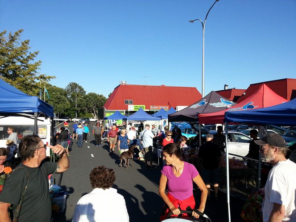 Browns Bay Market